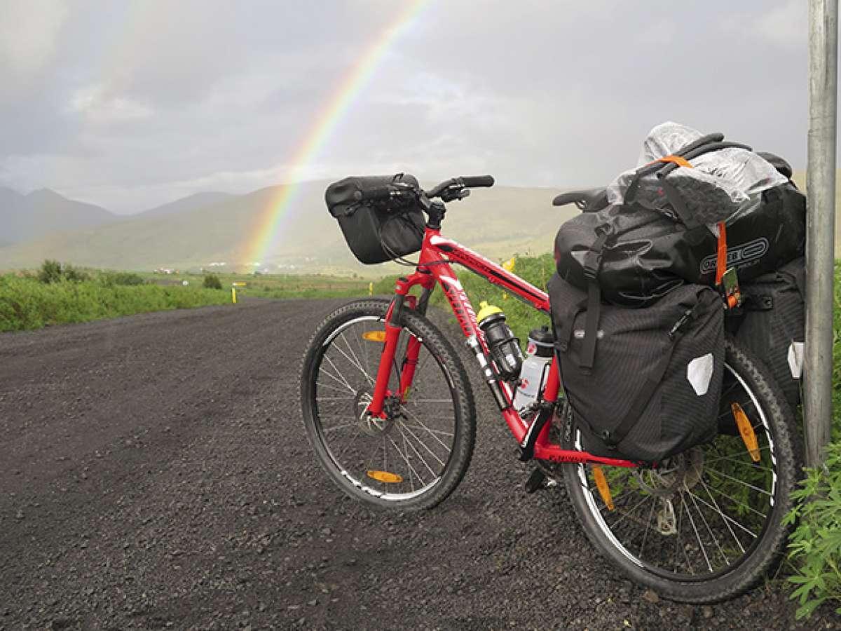 La foto del día en TodoMountainBike: 'Viaje en bici por Islandia'