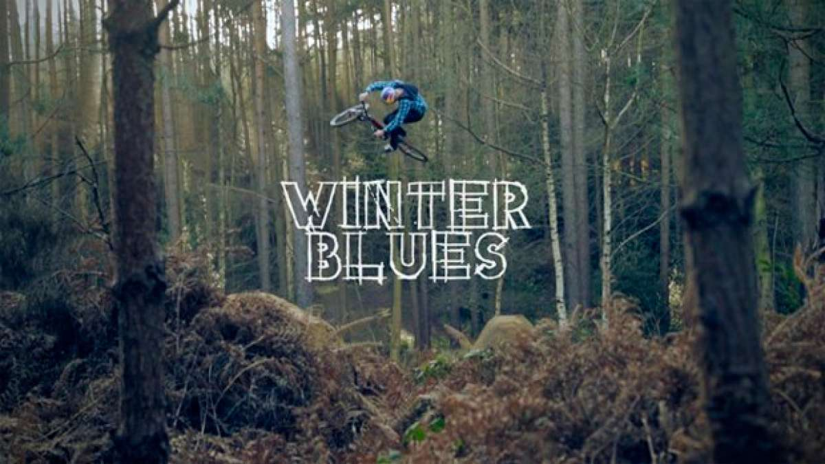 """Winter Blues"", Freeride de altos vuelos con los pilotos Matt Jones y Szymon Godziek"