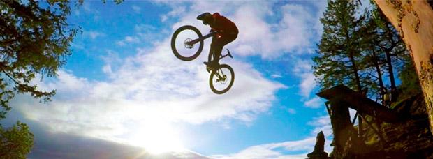 Pasado, presente y futuro de Aaron Chase, con salto sobre un acantilado incluido