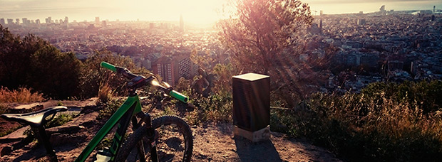 La foto del día en TodoMountainBike: 'Amanecer en Barcelona'