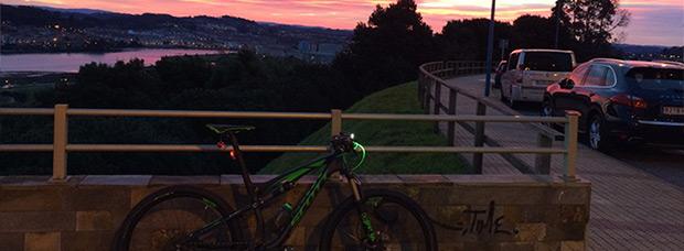 La foto del día en TodoMountainBike: 'Amanecer en la Ría del Burgo'