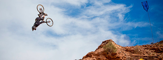 El espectacular doble 'backflip' de Antoine Bizet en el Red Bull Rampage 2016