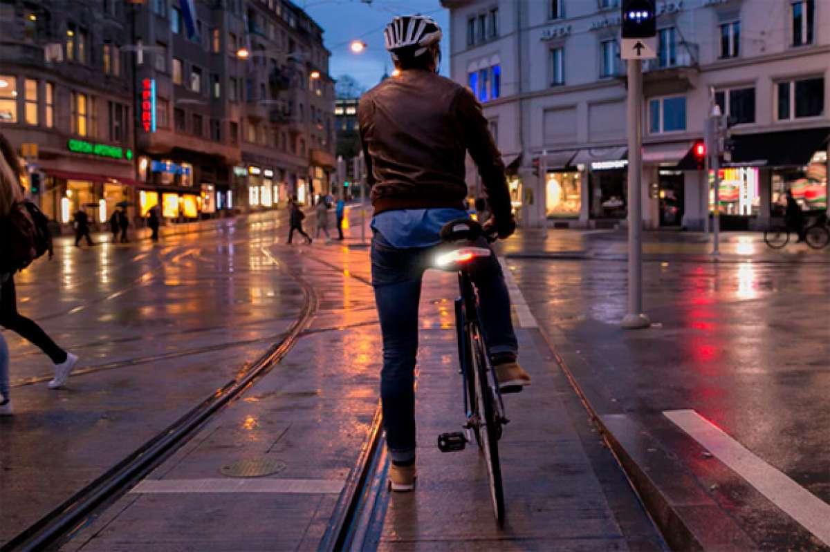 Blinkers, luces de seguridad para bicicletas que pueden evitar 500.000 accidentes al año