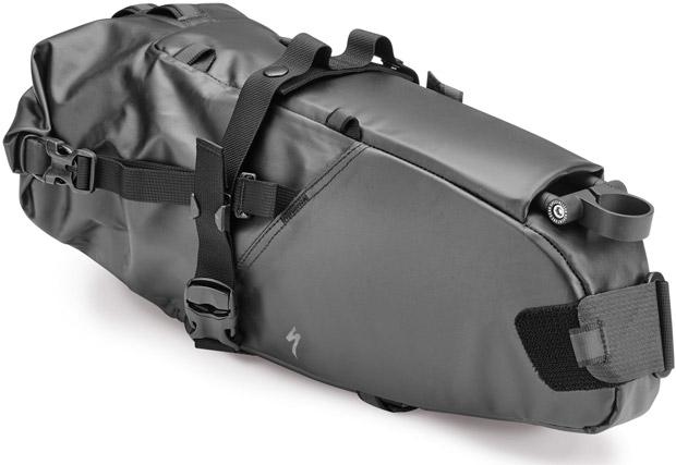 En TodoMountainBike: Specialized Burra Burra, unas avanzadas bolsas de equipaje específicas para ciclistas