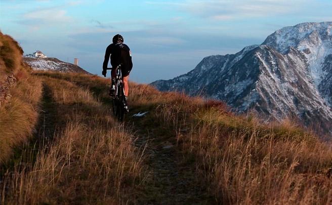 ¿Carretera, Gravel o Mountain Bike? Mejor un poco de todo por los Alpes italianos