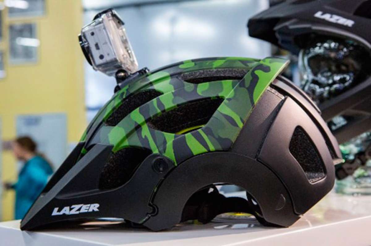 El polivalente casco Lazer Revolution, ya disponible