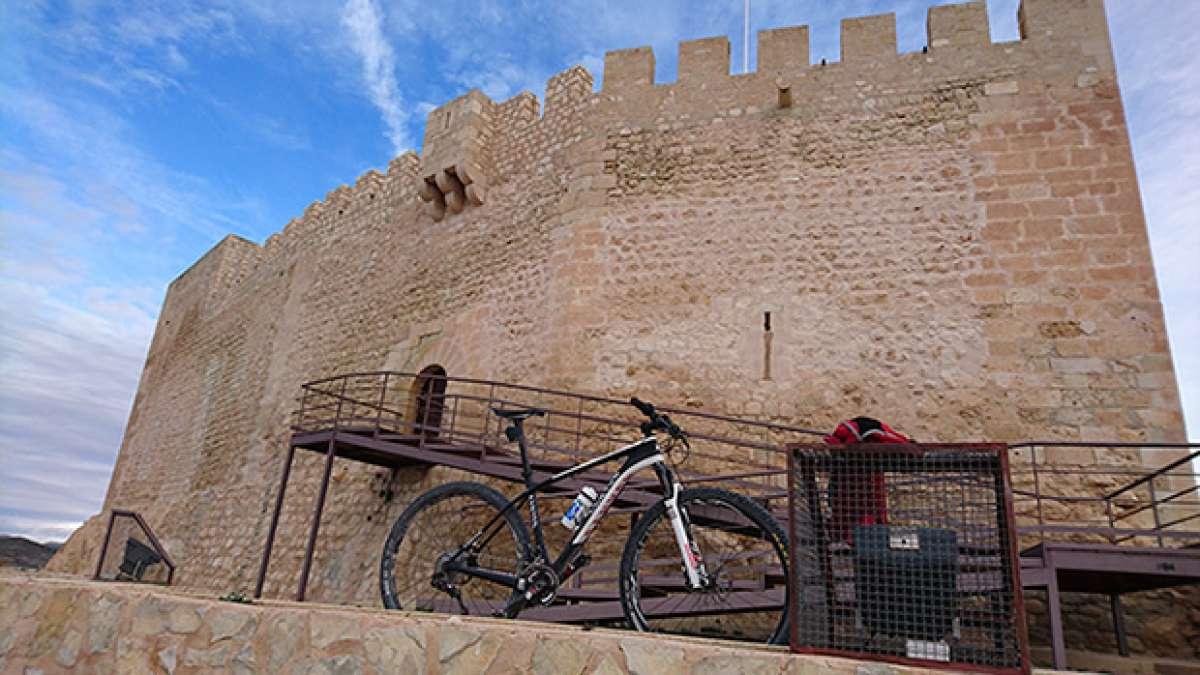La foto del día en TodoMountainBike: 'Castillo de Petrer'