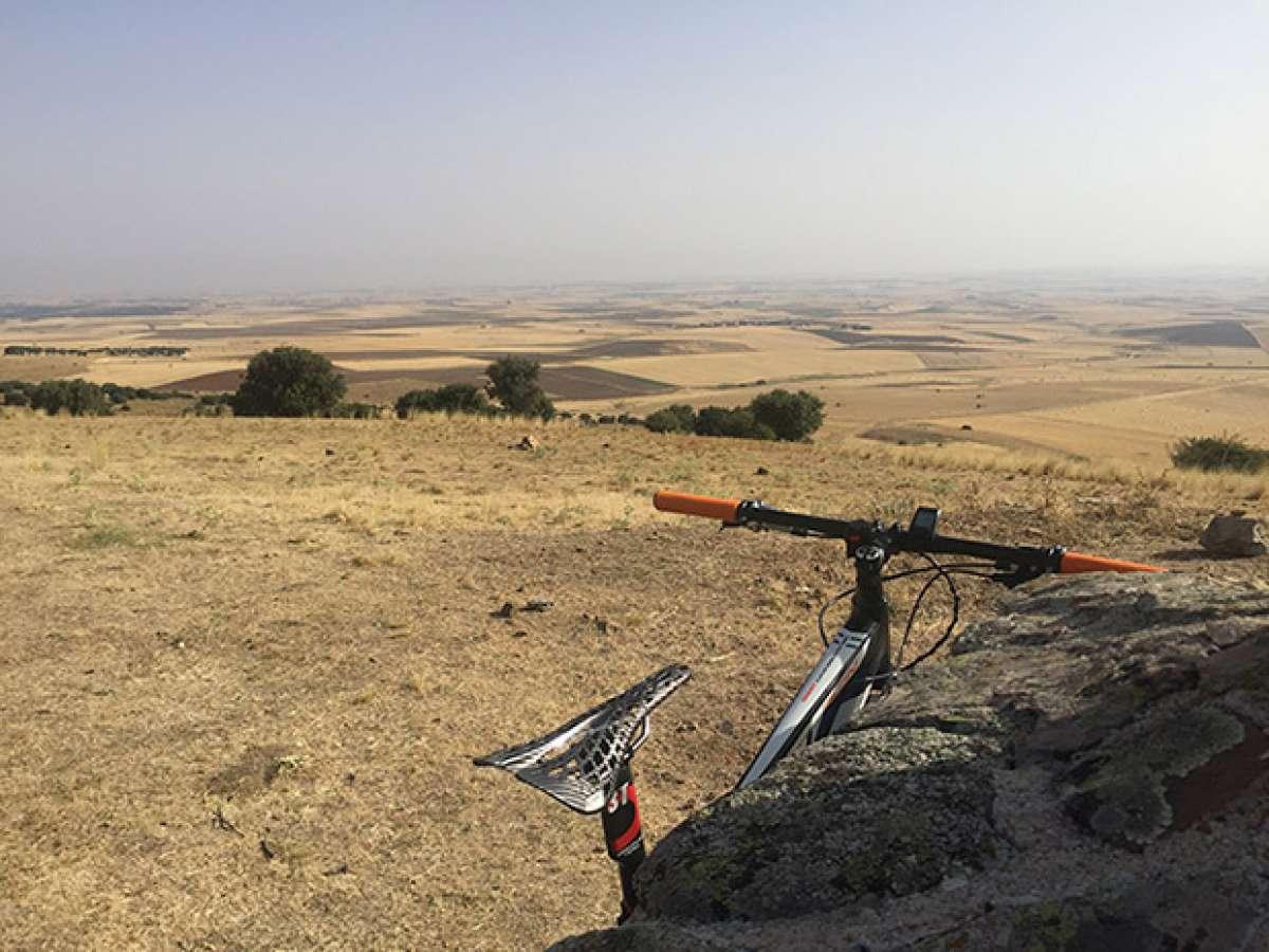 """La foto del día en TodoMountainBike: """"Cerro Santo en La Moraña (Ávila)"""""""