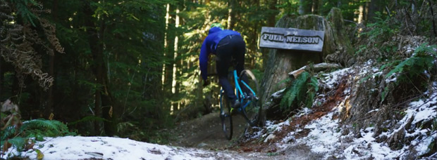 Ciclocross extremo en la famosa pista 'Full Nelson' de Squamish con Yoann Barelli