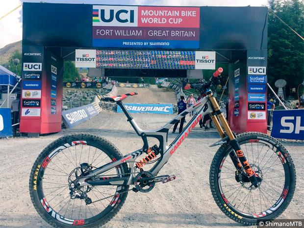 Copa del Mundo UCI DHI: Resumen de la tercera ronda disputada en Fort William (Escocia)