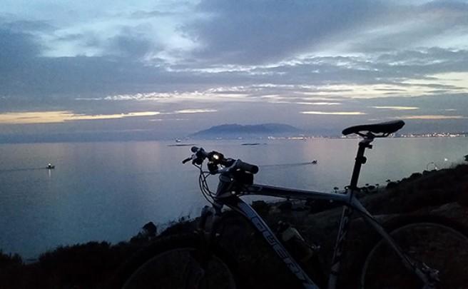 La foto del día en TodoMountainBike: 'Málaga a mis pies'