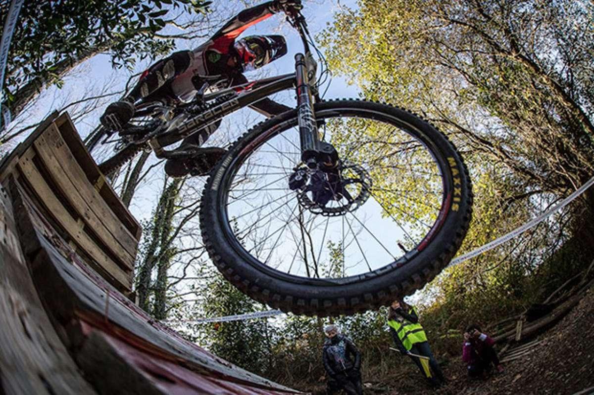 Espectáculo sobre ruedas en la segunda edición de la Bilbao Downhill International Cup