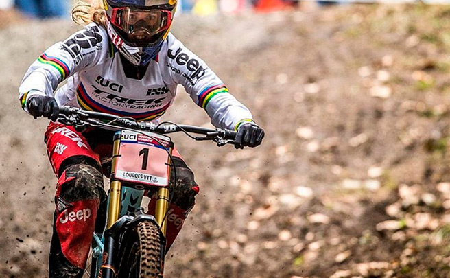 Así fue el descenso ganador de Rachel Atherton en la primera ronda de la Copa del Mundo UCI DH 2016