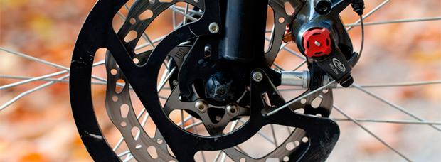 Permitidos los frenos de disco en las cicloturistas... y en el pelotón profesional a partir de junio