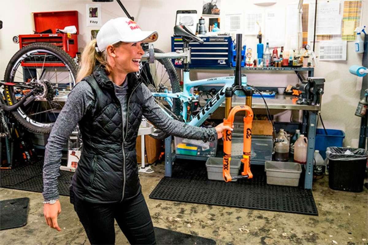 Emily Batty, la nueva horquilla FOX 32 SC y su ligerísima Trek Top Fuel