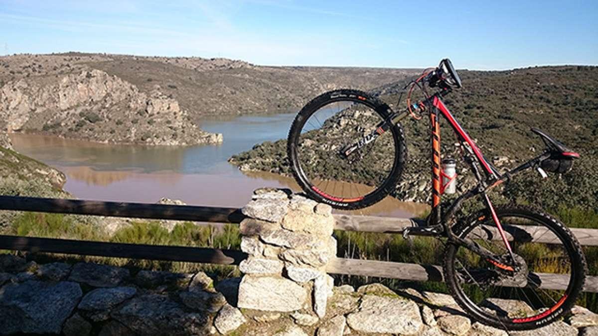 """La foto del día en TodoMountainBike: """"Encuentro del Río Duero y Esla en Abelón (Zamora)"""""""