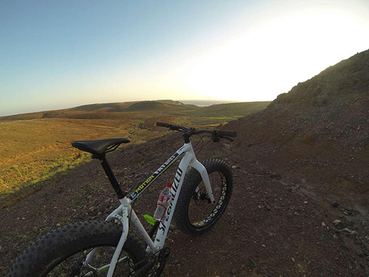 """La foto del día en TodoMountainBike: """"Fat Bike en Lanzarote"""""""
