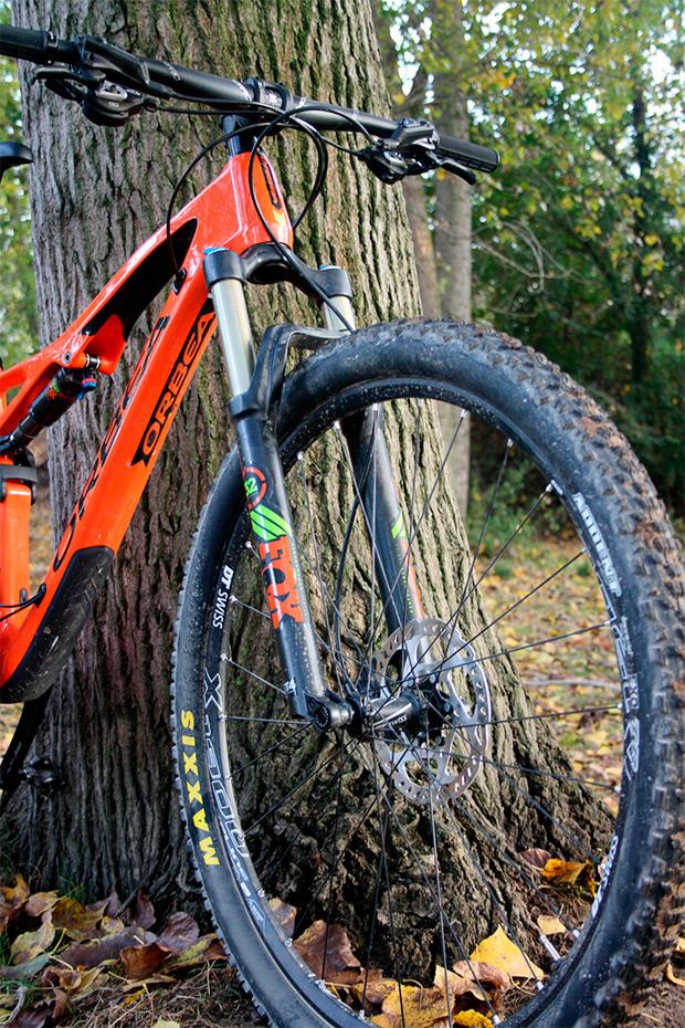Nociones básicas sobre la geometría de una bicicleta: el ángulo de dirección