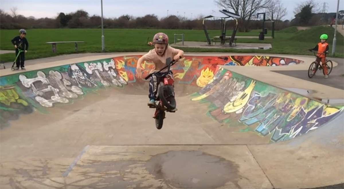 Harry Schofield, un fenómeno de la bicicleta con sólo cinco años de edad