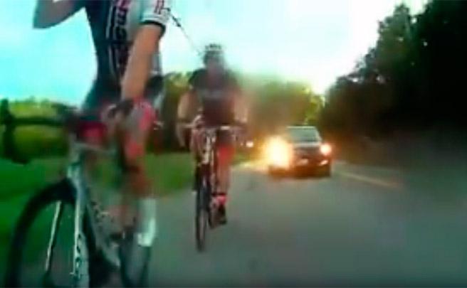 La importancia de respetar el metro y medio de seguridad a la hora de adelantar a los ciclistas en la carretera