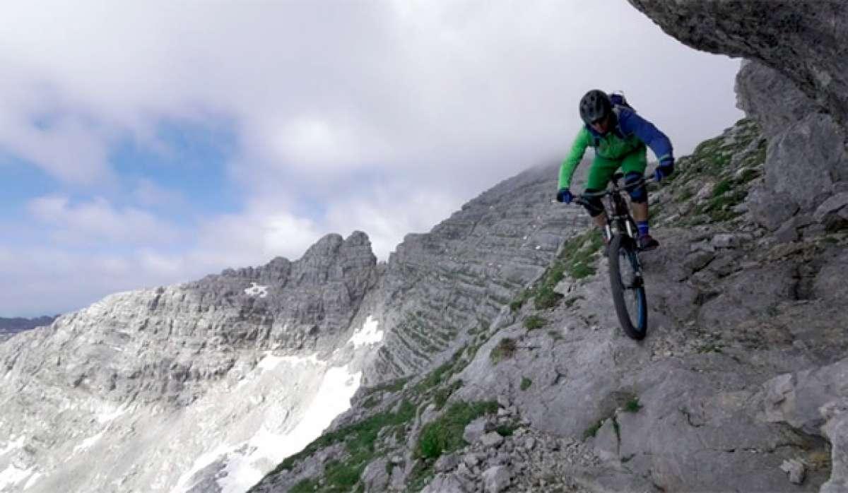 Descendiendo el Mitterhorn (Austria) sobre una bicicleta de montaña