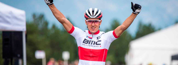 Julien Absalon renueva con el BMC Racing Team: ''Quería seguir un año más para disfrutar y compartir mi experiencia con los más jóvenes''