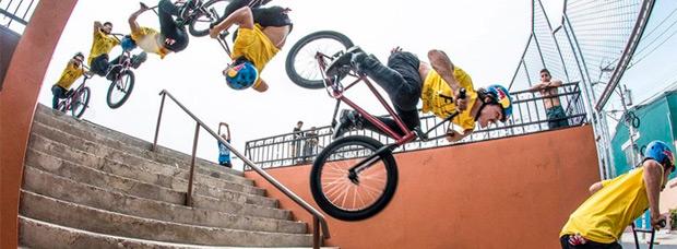 Rizando el rizo: Primer 'backflip' del mundo sobre unas escaleras