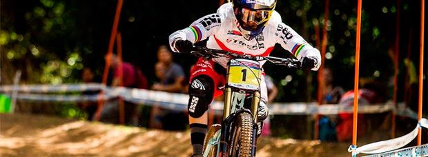 Los mejores momentos de la Copa del Mundo UCI DHI en Cairns (Australia)