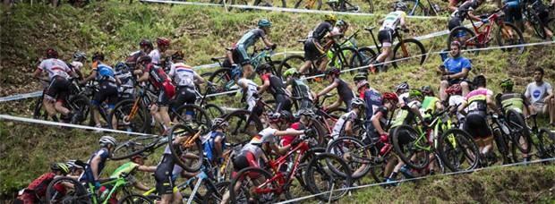 Los mejores momentos de la Copa del Mundo UCI XCO 2016 de Mont-Sainte-Anne
