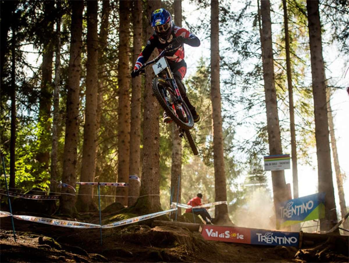 En TodoMountainBike: Campeonato del Mundo DH 2016 de Val di Sole: el día en que Mondraker hizo historia en el Mountain Bike