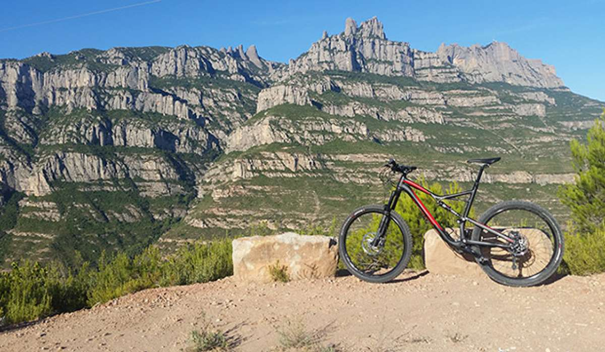 """La foto del día en TodoMountainBike: """"Con vistas a Montserrat"""""""