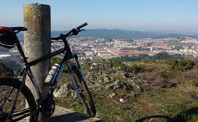 La foto del día en TodoMountainBike: 'Santiago desde el Monte Viso'