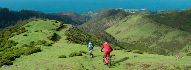 Practicando Mountain Bike en la isla de Madeira (Portugal)