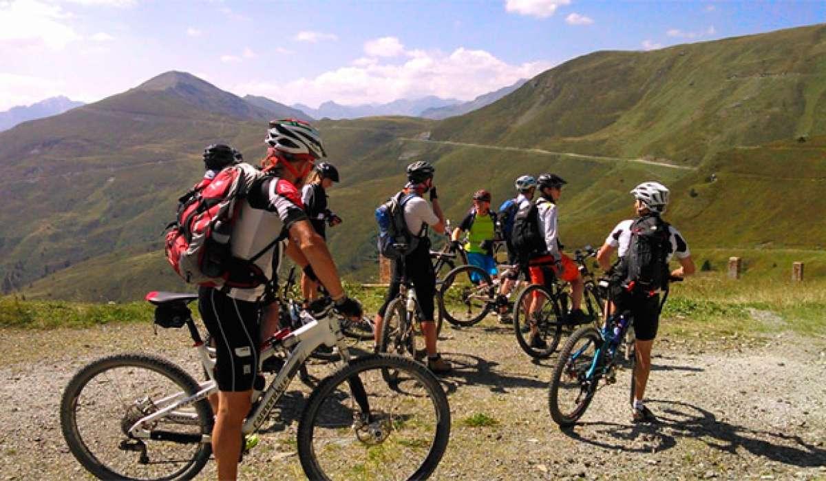 Las normas básicas de comportamiento en una salida ciclista en grupo