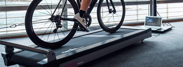 Oreka Training, un nuevo concepto de rodillo para entrenar en casa sin perder las sensaciones de la carretera