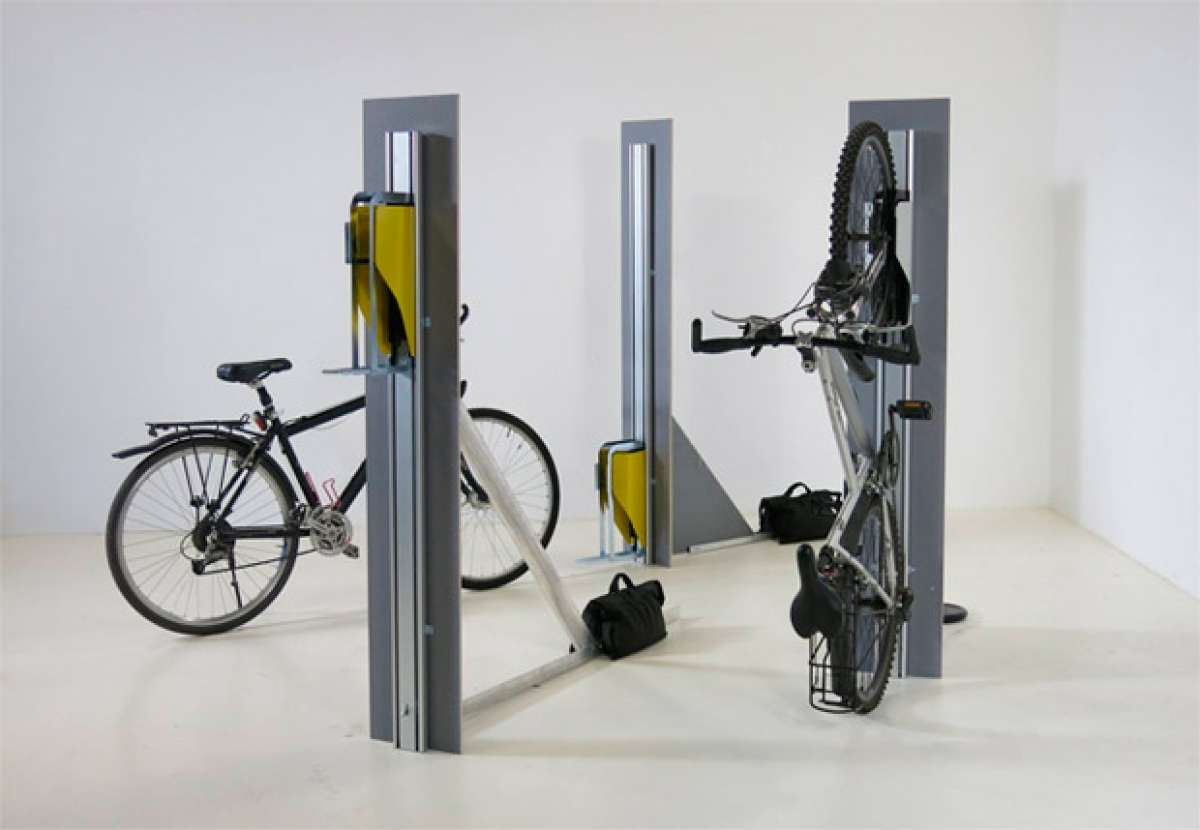PARKIS, un innovador soporte vertical (y automático) para bicicletas