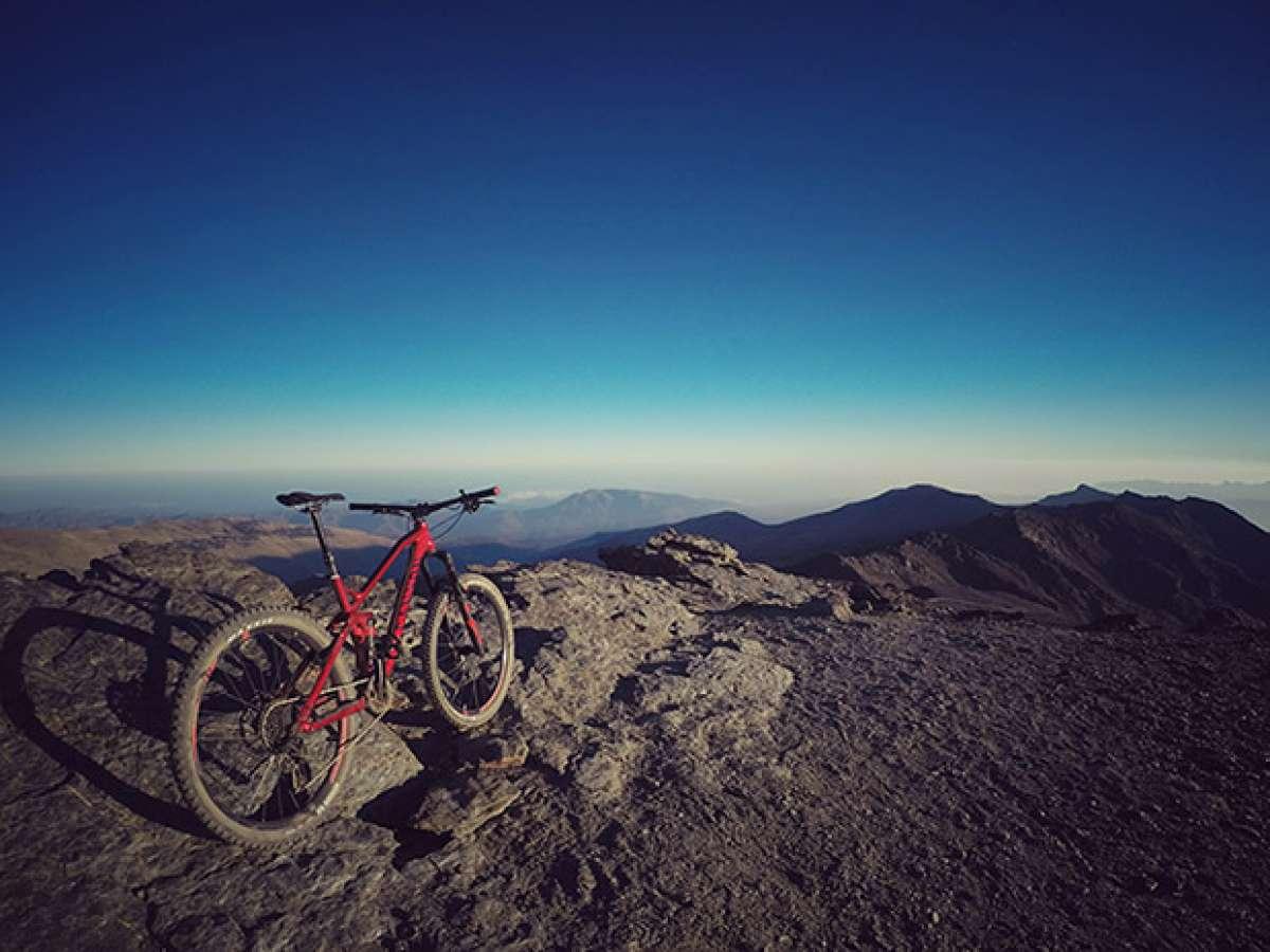 En TodoMountainBike: La foto del día en TodoMountainBike: 'Pico del Veleta'