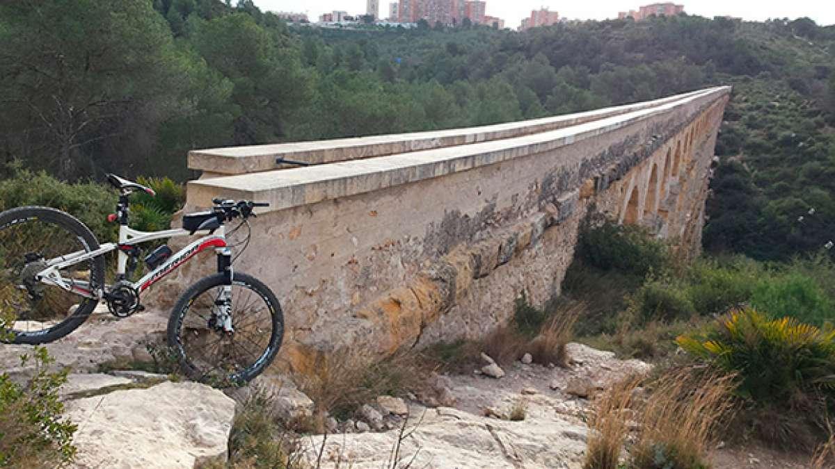 """La foto del día en TodoMountainBike: """"Pont del Diable de Tarragona"""""""