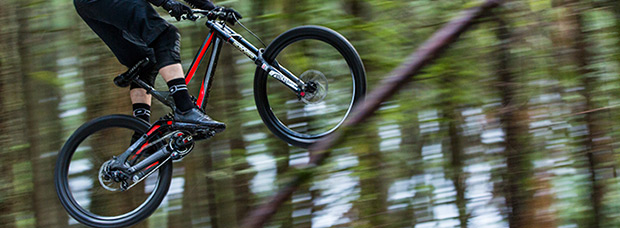La nueva Specialized Demo 8 Alloy de 2016 en acción