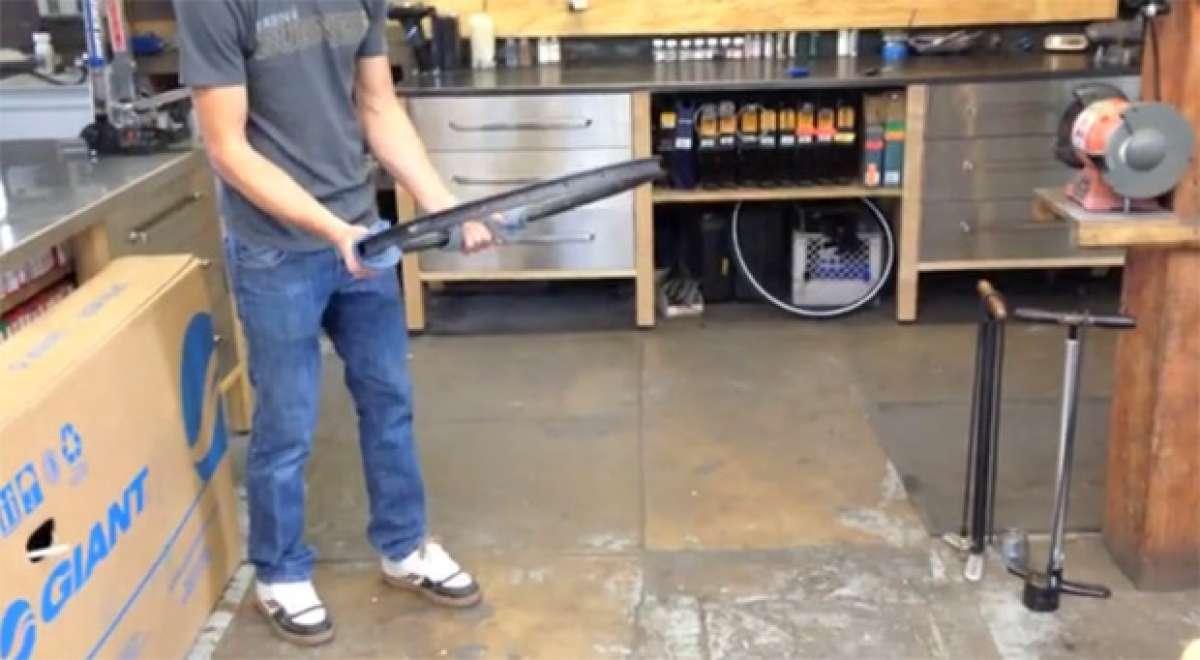 Contundente prueba de resistencia entre una llanta de carbono y una de aluminio