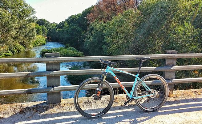 La foto del día en TodoMountainBike: 'Puente sobre el Manzanares'