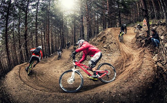 Red Bull Holy Bike 2016: Tres disciplinas, una sola bicicleta