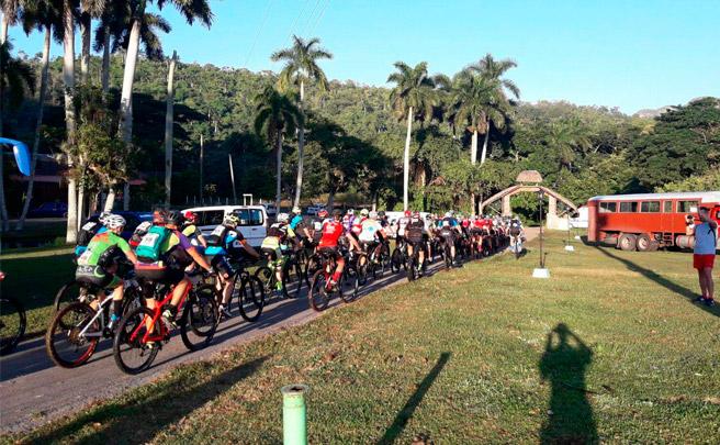 Diego Tamayo y Marlies Mejías, los vencedores de la Titan Tropic Cuba by Gaes 2016