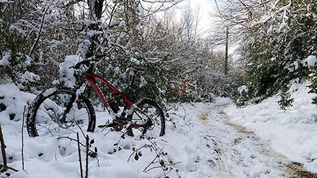 La foto del día en TodoMountainBike: 'Primera Ruta Blanca'