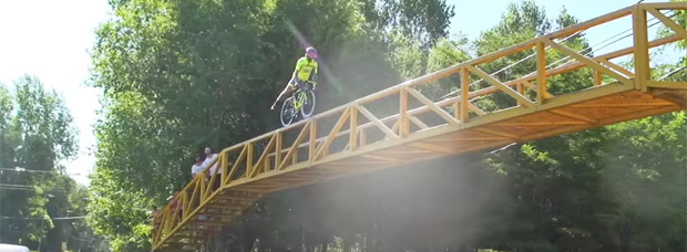 Vittorio Brumotti, el 'showman' encargado de amenizar las etapas del Tour de San Luis 2016 (Argentina)