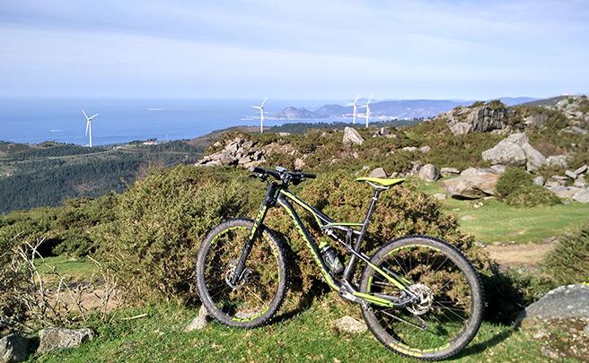 La foto del día en TodoMountainBike: 'Vistas hacia el norte desde la sierra del Barbanza'