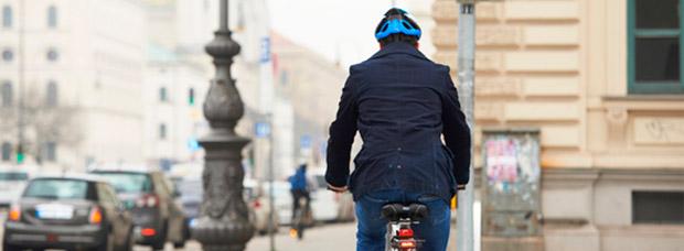 ¿Una aplicación móvil para ciclistas que pone los semáforos en verde? Sí, y está probándose en Alemania