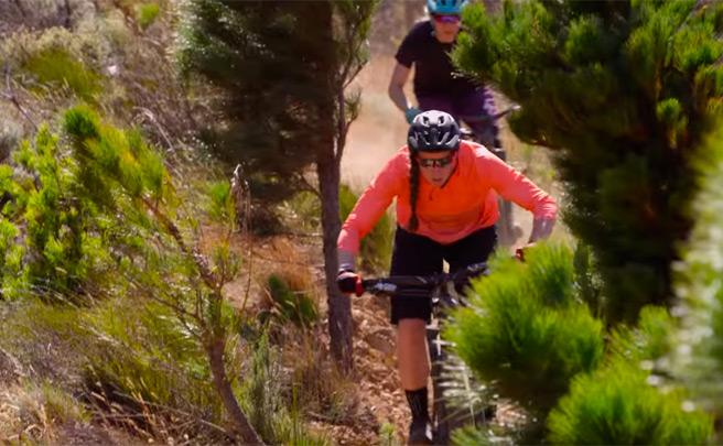 'Destination Trail - Sudáfrica', rodando por los mejores senderos del mundo con los pilotos de Specialized