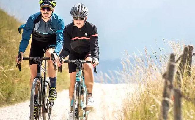 Sportful Giara, nueva colección de ropa para ciclistas de Gravel