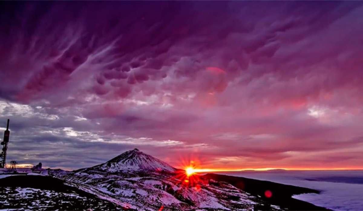 "Espectacular ""Time-Lapse"" del Teide: Laboratorio de nubes"